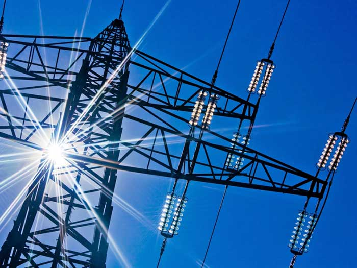 НКРЭКУ снизила тарифы на электроэнергию для бизнеса в 12 областях и повысила в четырех